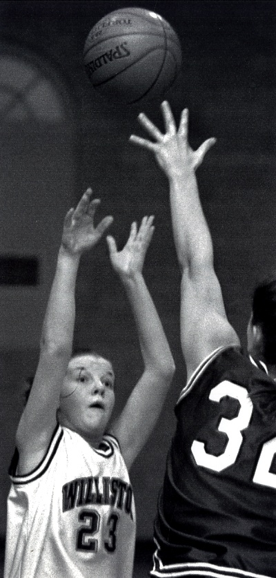 Colleen Hession '02: 2096 points.
