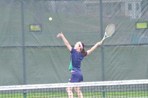 girls-v-tennis-vs-suffield-2015_17243637711_o